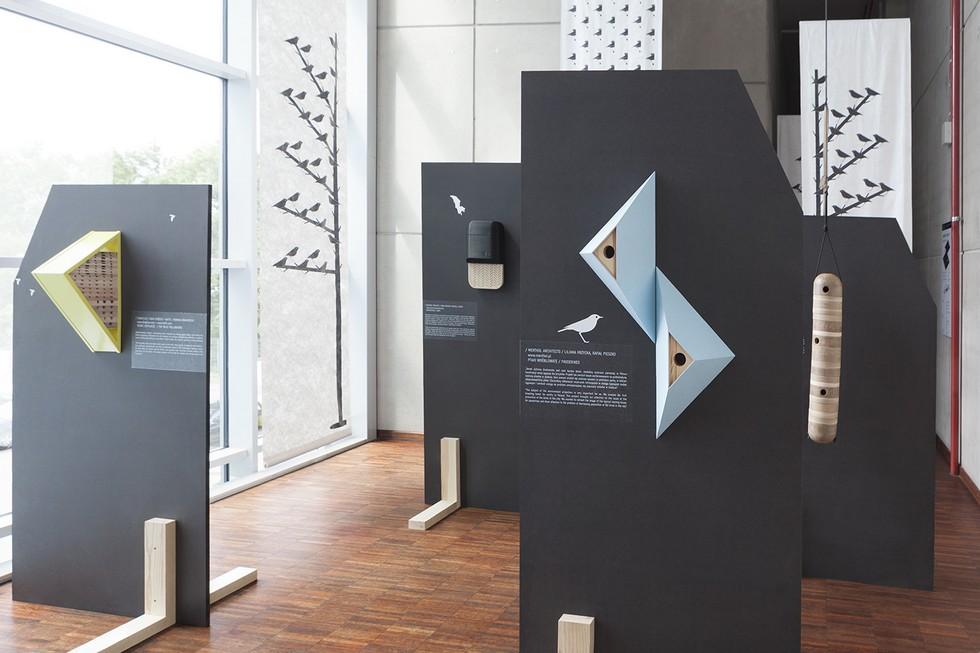 """Architektura dla zwierząt. Wystawa """"Miasto i las"""" w Finlandii"""